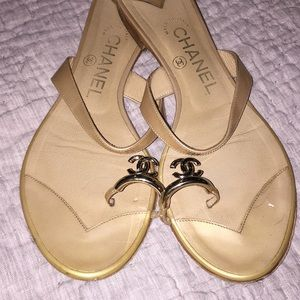 Chanel Tan Patent Leather Sandals Size 37.5